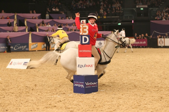 Equimax Pony Club Mounted Games 2012 - credit Roberto Cubeddu  (137).jpg